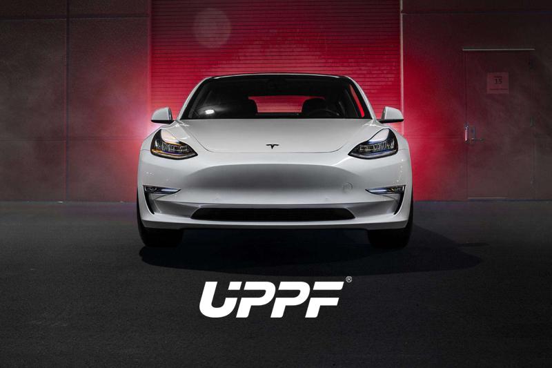 白色特斯拉Model3贴UPPF P20隐形